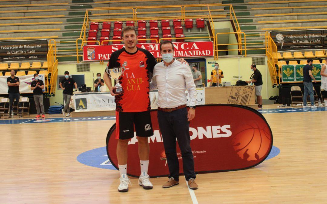 El Reino de León, campeón de Copa tras doblegar a Usal La Antigua en la final